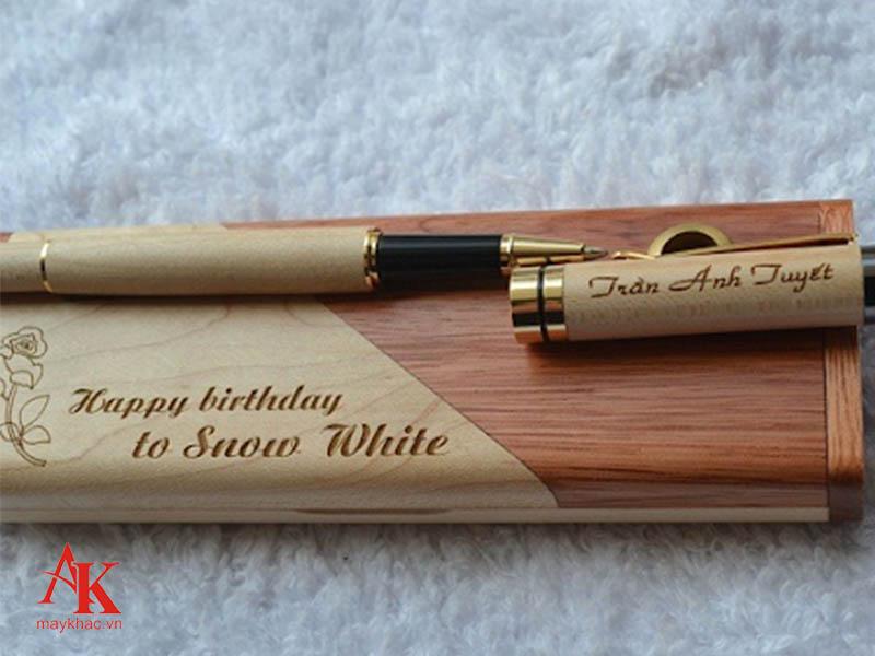 Máy khắc bút laser với nét khắc rõ nét, đẹp