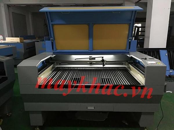 Máy khắc laser 9060 chính hãng