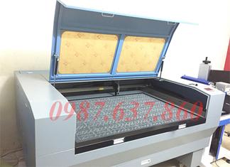 Máy khắc laser 1390 chính hãng