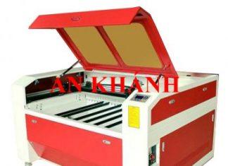 ban-may-khac-laser-tren-giay-1390