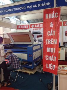 may-khac-cat-go-laser-1390