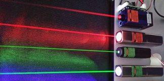 tia-laser-bang-nuoc-va-anh-sang-4