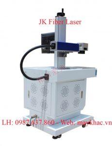 Máy khắc laser fiber gia công kim loại