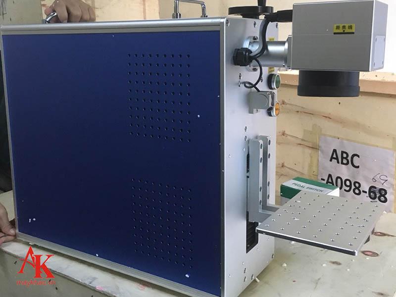 Máy khắc laser kim loại form 5