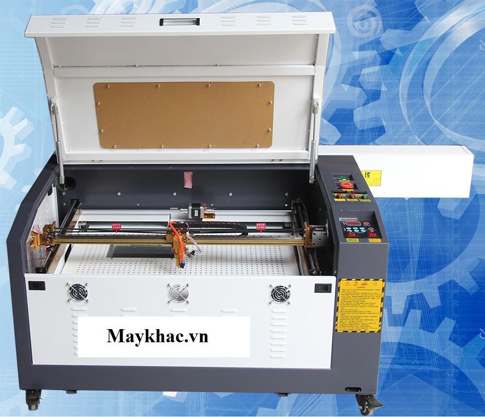 Máy khắc laser 6040 khắc cắt trên mica tốt nhất