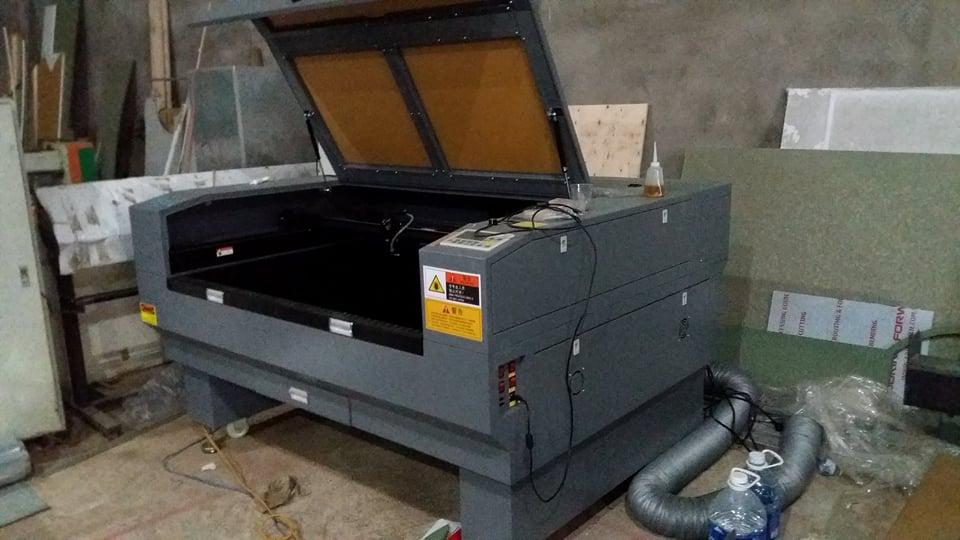 Lắp đặt máy khắc laser 1390 tại Đà Nẵng