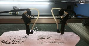 Công nghệ cắt laser CO2 trên vải như thế nào?