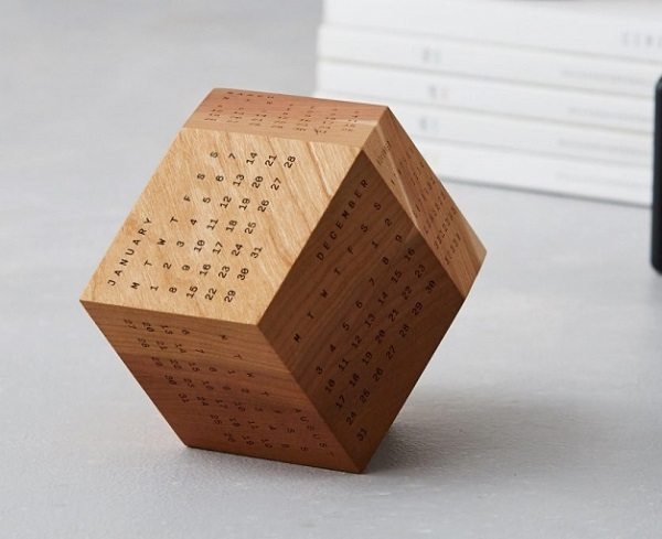 Máy khắc gỗ laser – sự lựa chọn số 1 khắc lịch gỗ 2019