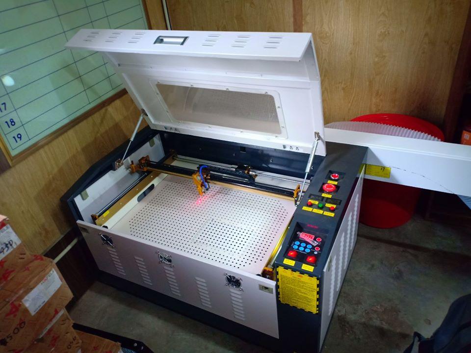 lap-dat-may-laser-6040